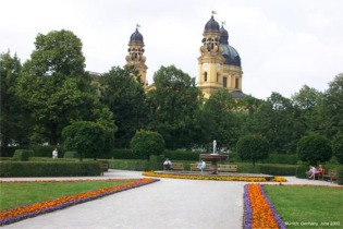 The Hofgarten, Munich - one of Sennfl's haunts